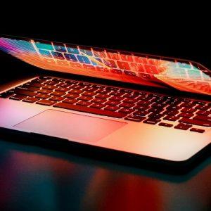 Laptop: Marketing image for Managing a data analytics team